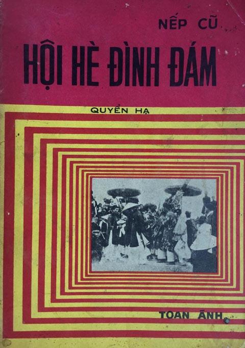"""Bìa cuốn """"Hội hè đình đám"""" in năm 1974 (nguồn: Internet)"""